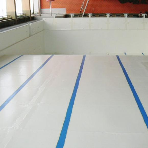renewal of anticorrosion protection of public swimming pool