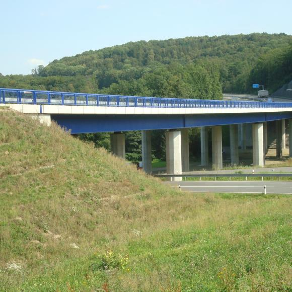 I/11 - bridge across valley of brook Ohrozim in Mokré Lazce